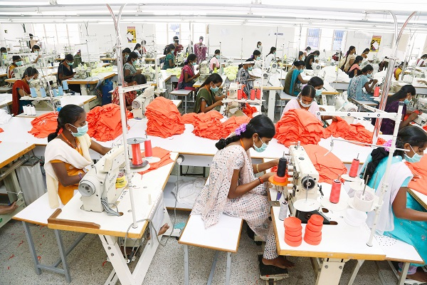 Image Courtesy: http://blogs.timesofindia.indiatimes.com/Swaminomics/robots-likely-to-worsen-shortage-of-good-jobs/